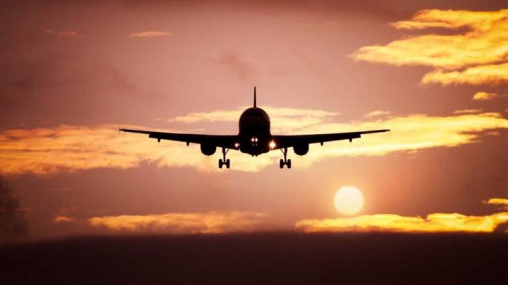 Обсуждается организация авиарейсов, чтобы доставить граждан Литвы из Великобритании