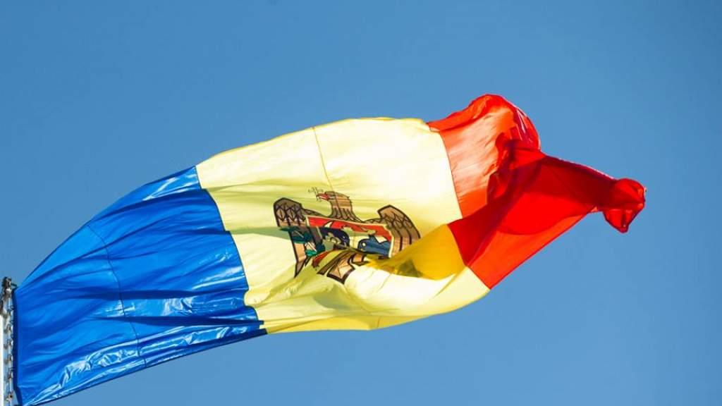 Парламент Молдавии вернул русскому статус языка межнационального общения