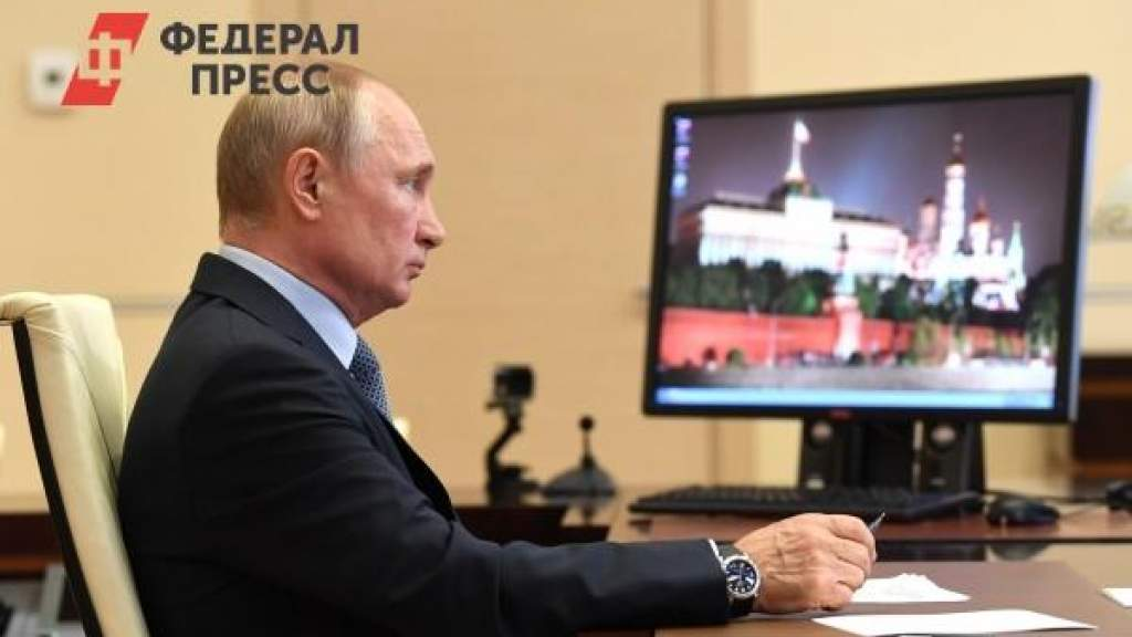 Песков опроверг слухи о том, что Путин живет в специальном бункере