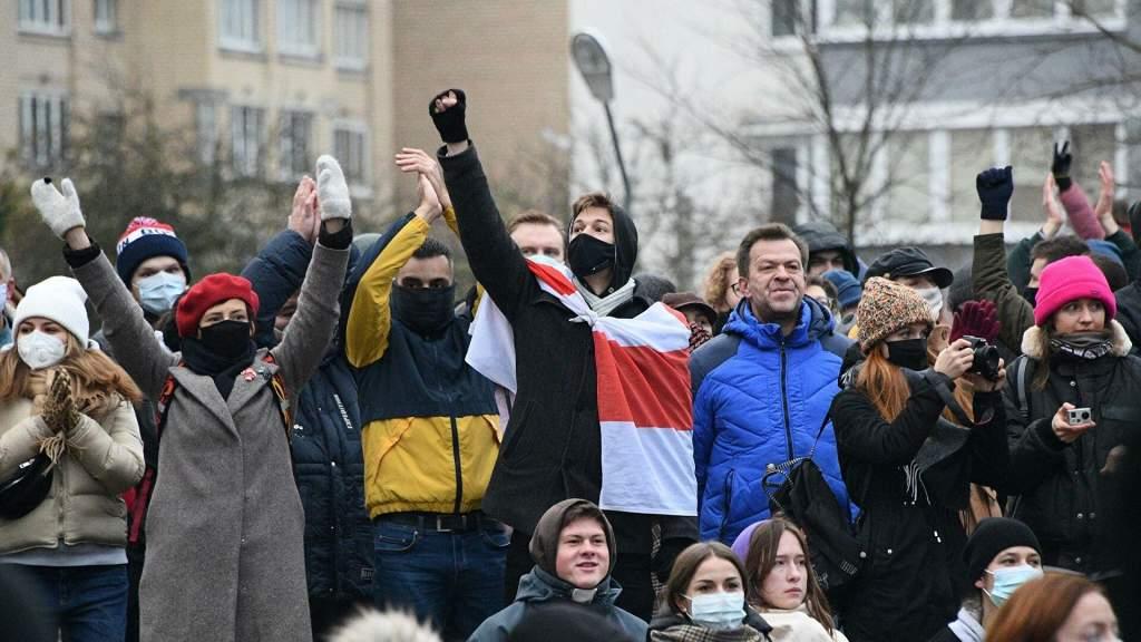 По гуманитарным причинам в Литву уже прибыло почти 350 белорусов – глава СОГГЛ
