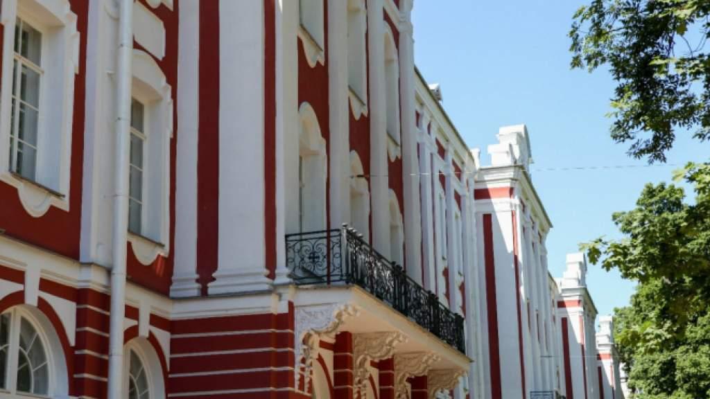 Проект для русскоязычных педагогов «Знания дома» продлили до конца весны