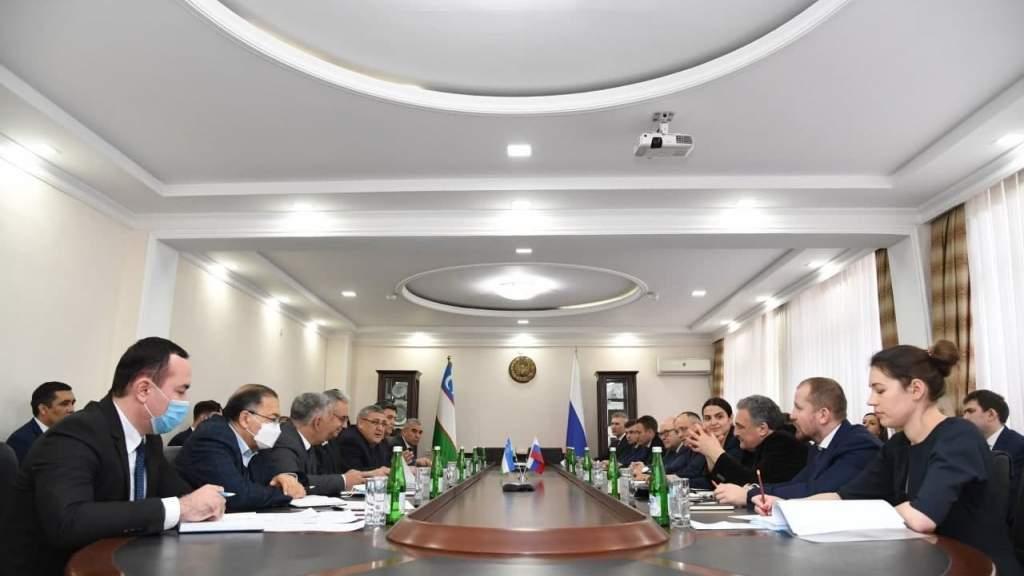 Россия и Узбекистан обсудили проекты в области среднего профессионального образования