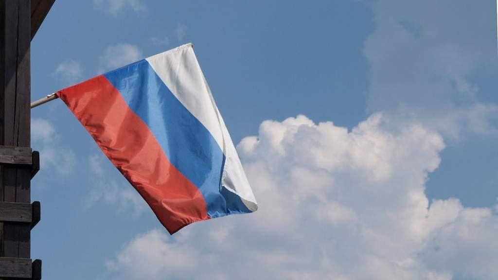 Спортсмены из РФ не смогут выступать под флагом страны до конца 2022 года