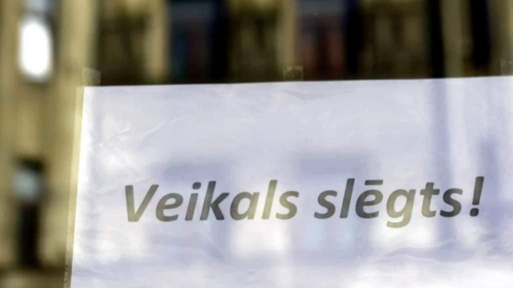 Воцарилась пустота: торговцы уходят из центра Риги