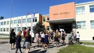 Хотят увеличить часовую недельную нагрузку для латвийских учителей