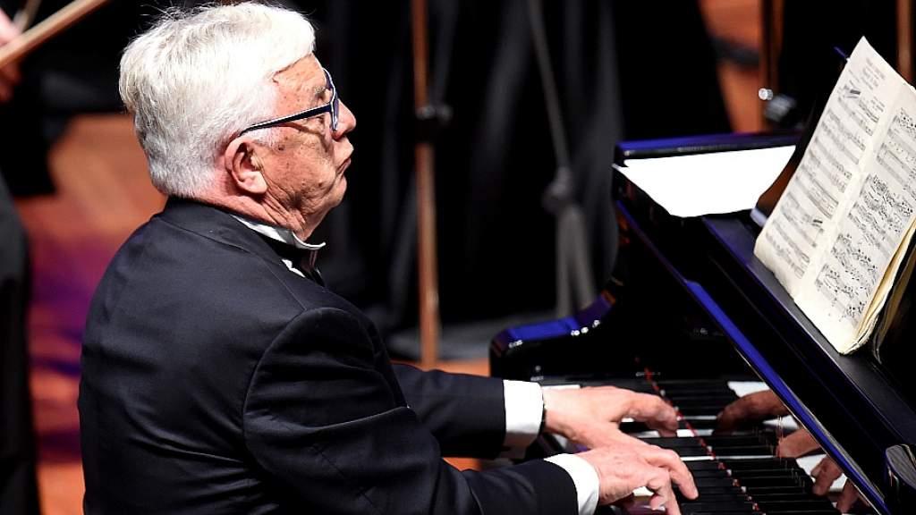 Композитор Раймонд Паулс отмечает 85-летие