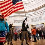Ошибка системы или тонкий расчет: почему протестующие так легко вошли в Капитолий США?