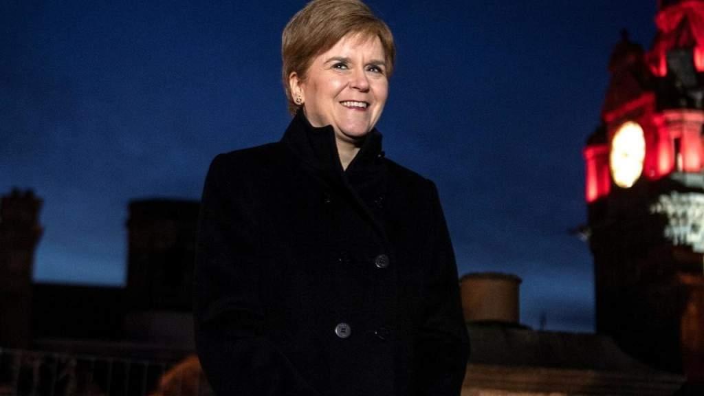 Первый министр Шотландии выразила надежду на независимость и членство в ЕС