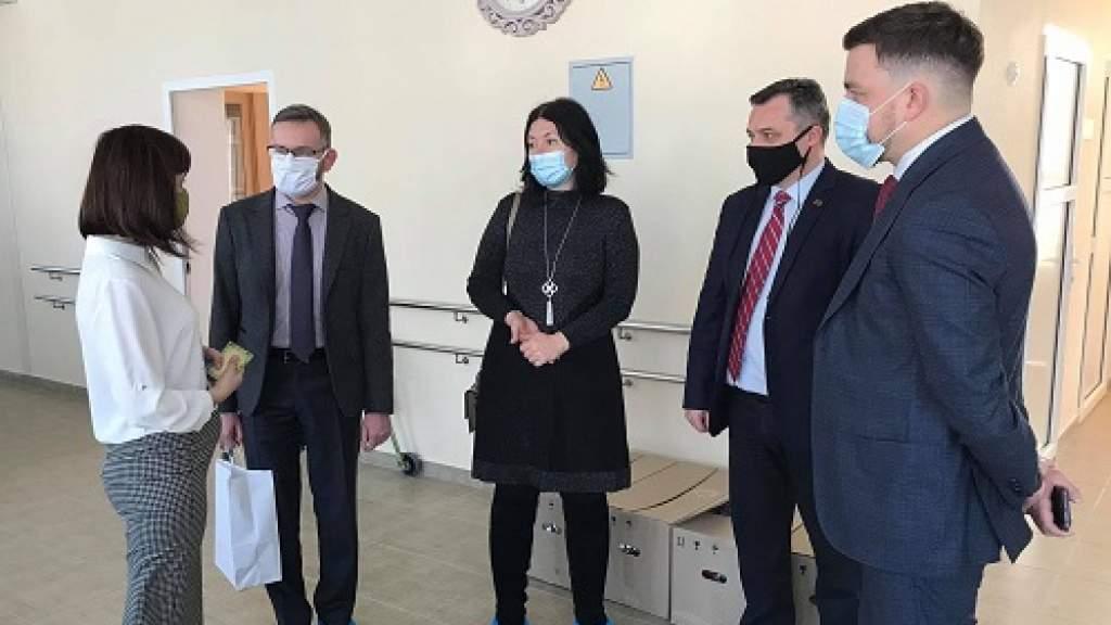 Представители РЦНК в Кишиневе и соотечественники посетили детский реабилитационный центр