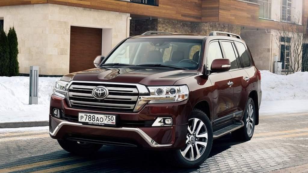 Россиянин спустя четыре года поймал угонщиков своего Toyota Land Cruiser