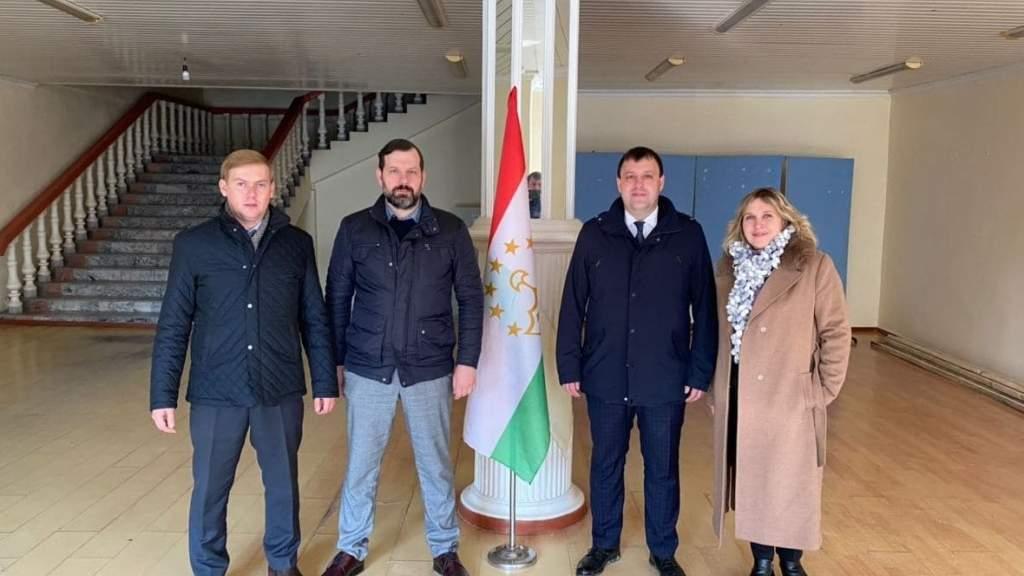 Русский культурно-просветительский центр открылся в Таджикистане