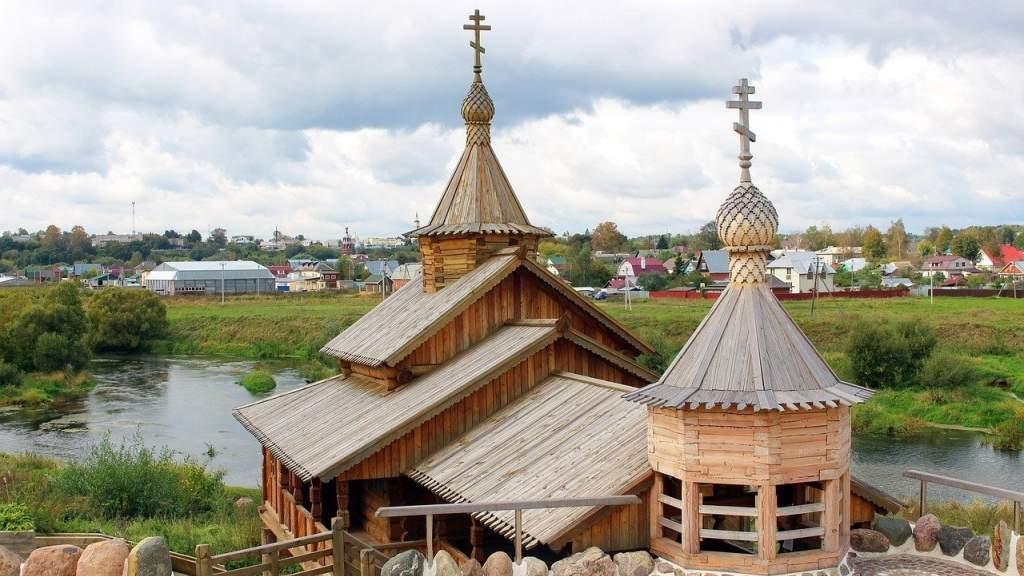 Русский народ объединяют общая история и культура, считают россияне