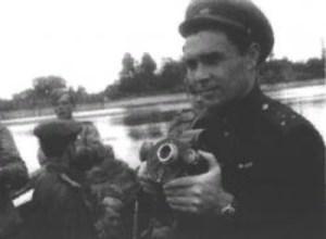 Сегодня день рождения легендарного фронтового кинооператора Семёна Семёновича Школьникова
