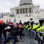 В США завели около ста уголовных дел из-за захвата Капитолия