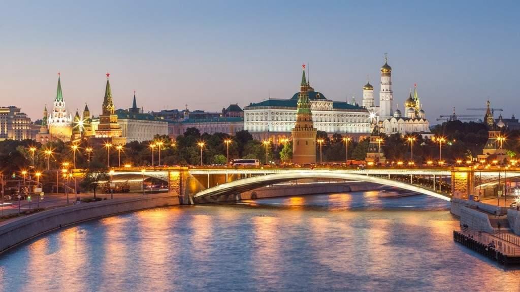 Звёзды американского кино признаются в любви к России
