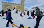 В Курессааре строят снежный городок на тему викингов