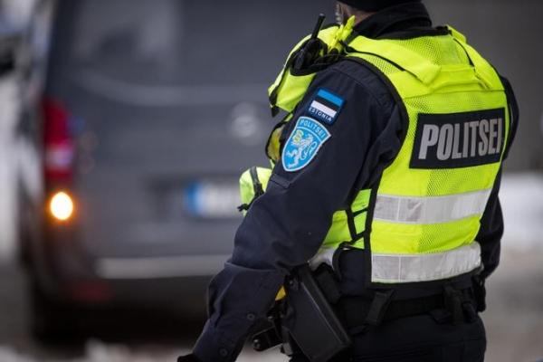 Полицию Эстонии уполномочат штрафовать за несоблюдение коронавирусных ограничений
