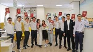 Одиннадцать вьетнамских студентов окончили СПбПУ с красными дипломами