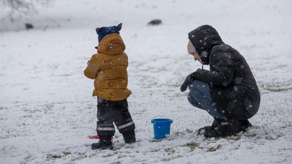 Хуже чем во время войны! Пандемия быстро уменьшает в Латвии рождаемость