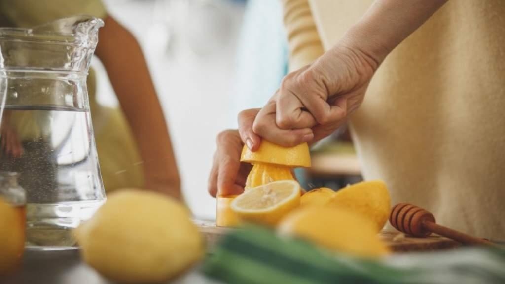 Как приготовить лимонад самому: 5 рецептов домашнего лимонада