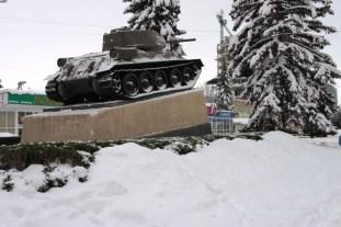 Curățenie lună la tanc. Mașina de ucis oameni a fost deszăpezită la vreme.