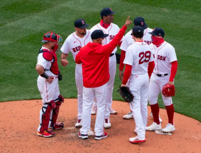 From cursed to blessed to this mess: Shaughnessy talks Red Sox past, present and future
