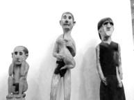 Utskjærte figurer på etnografisk museum