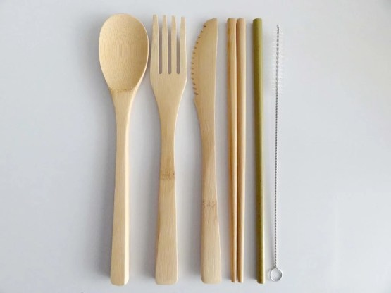 couverts en bambou sans pochette