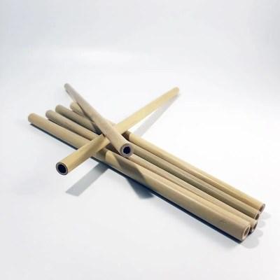 paille en bambou vue éloignée