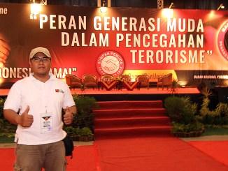 Menghadiri Dialog Pencegahan Paham Radikal Terorisme dan ISIS garapan BNPT di JEC, Yogyakarta (28/10/2015)