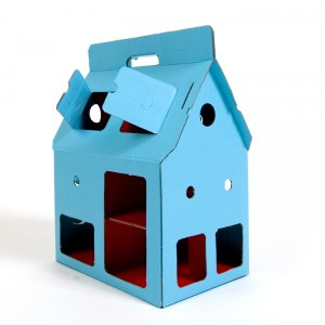 Kidsonroof cardboard doll house