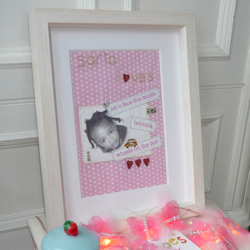 BG Loves: Ella Loves Personalised Pictures