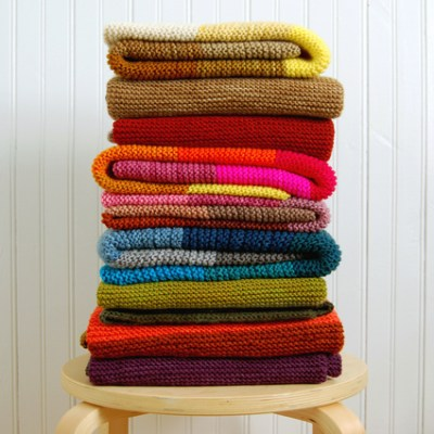 Make Your Own: Super Easy Baby Blanket