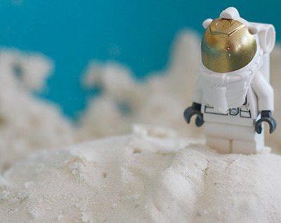 Make Your Own: Cloud dough aka moon-sand