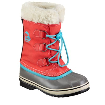The Great Autumn/Winter Coat Hunt 2013: Snow Boots