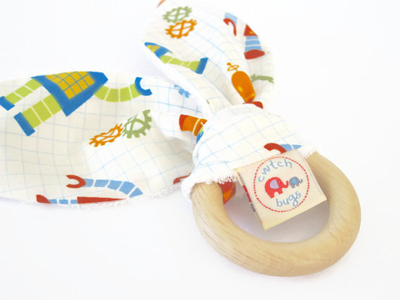 CwtchBugs teething ring