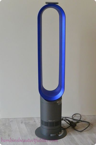 la d couverte du ventilateur tour dyson am07 le ventilateur sans pales. Black Bedroom Furniture Sets. Home Design Ideas