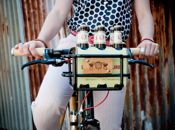 The basket fits a six pack perfectly. And check out the sweet grips!