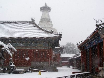 Weiße Pagoden-Tempel