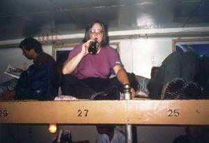 4. Klasse auf dem Schiff nach Kanton. Mir schmeckt wieder das Bier