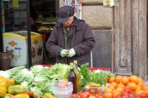 Markt in der Via Montebello