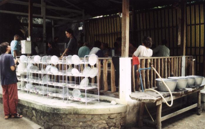 Wat Kow Tahm Speisesaal Vipassana-Meditation