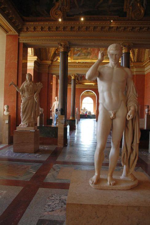 2016 Paris Louvre halb 23