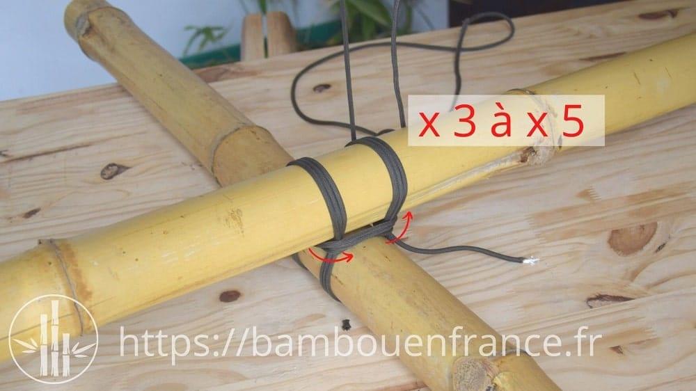 Assembler des bambous avec un brêlage: Etape 8