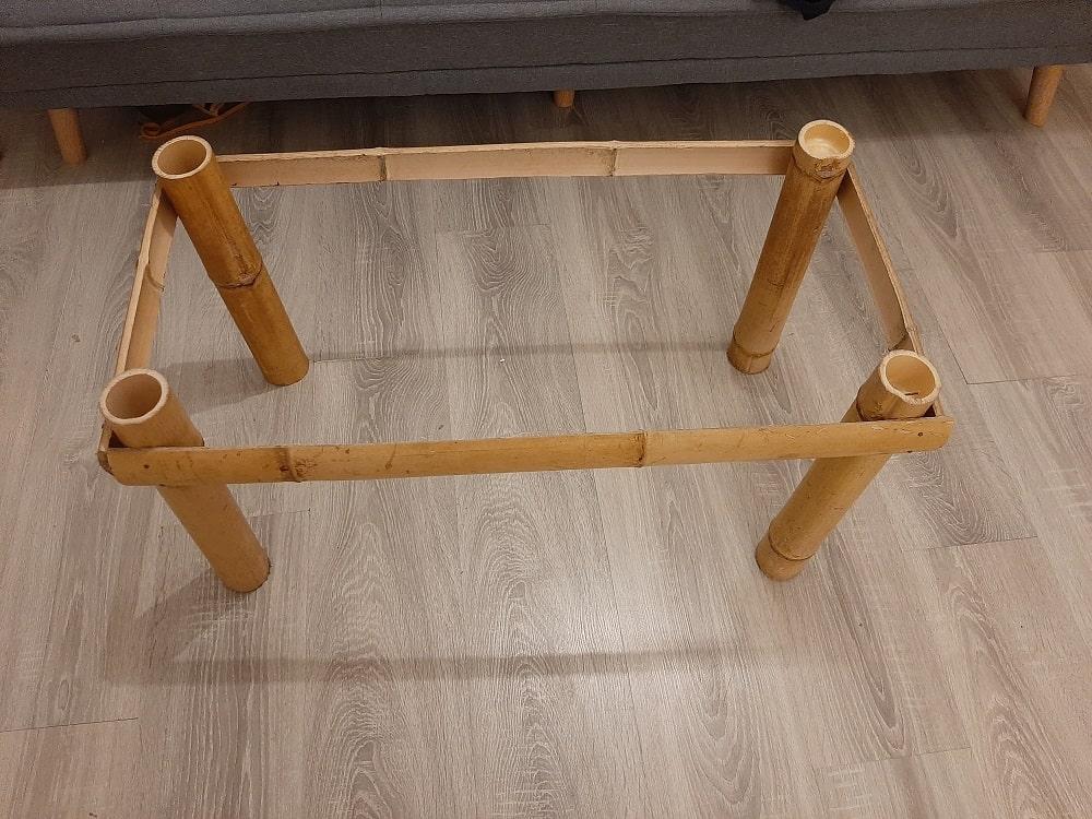 Cadre de la table en bambou