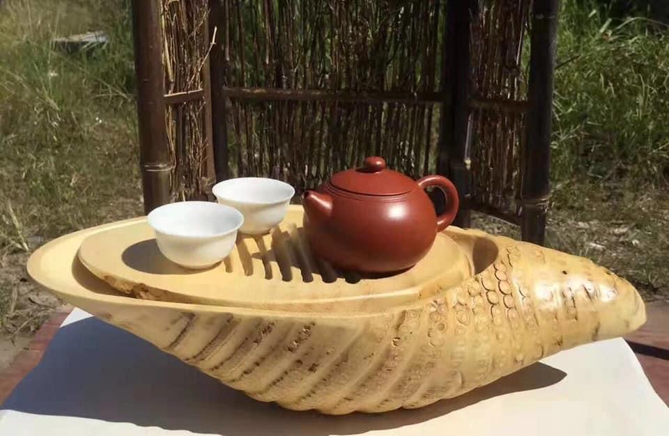 Artisanat avec un rhizome de bambou pachymorphe