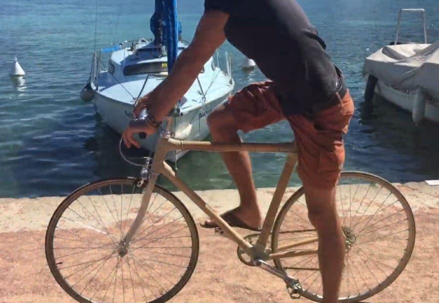 Vélo en bambou rimbabike