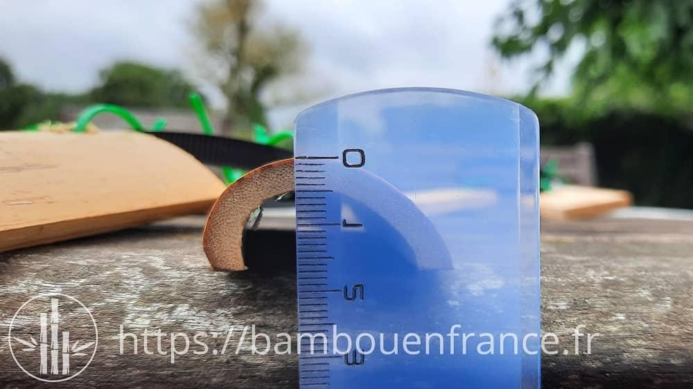 Epaisseur petit échantillon de bambou