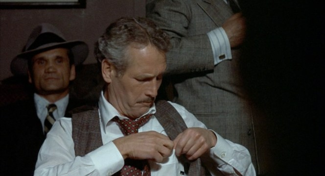 Paul Newman defies necktie conventions. And gets away with it. (Because he's supposed to be drunk, but still...)