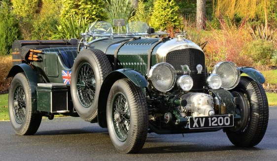 A dark green Bentley Blower, similar to the battleship gray version driven by Bond in the first three novels.